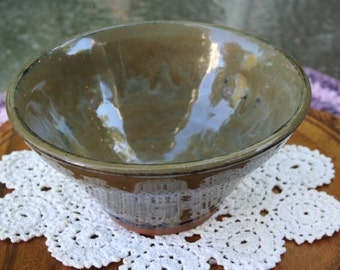 Vintage Handmade Pottery Bowl / Rustic
