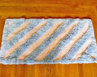 "Vintage CHENILLE Rug / Baby BLUE and PINK / Area Throw Rug / 43.5"" x 22"""