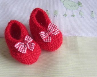Baby booties form ballerina red in size newborn - hand made knit