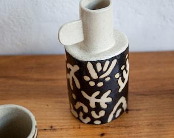 big banksia vase / black on speckle