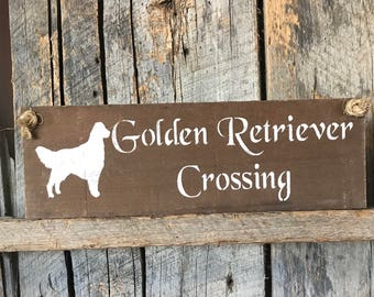 Golden Retriever Crossing Plaque - Pallet Wood Sign - Pet Lover Art - Doggy Daycare - New Puppy Present - Dog Wall Decor - Birthday Party