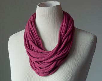 Recycled T-Shirt Necklace Mauve
