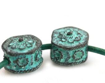 Green patina Hexagon beads 2mm hole Verdigris patina Copper ornament beads 15mm metal geometrical greek beads - F524