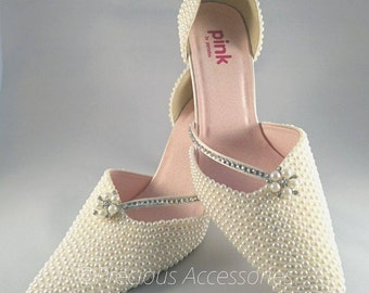 Ivory Bridal Wedding shoes, Pearl Bridal Shoes, Ivory Cream Pearls Crystal Encrusted Embellished Brides // Bridesmaids // size 7 (41)