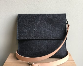 Merino Wool Felt Crossbody Bag - Black