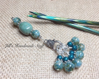 Green Stitch Marker Holder & Snag Free Stitch Markers- Knitting Gift