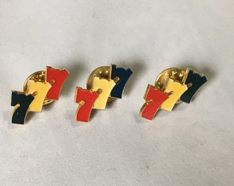 3 Vintage 777 Good Luck Gambling Pin Lot Casino Pins