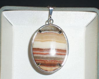 Natural Onyx Cabochon pendant set in solid .925 Sterling Silver