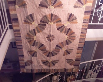 Wandering Fans Quilt