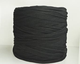 Black Tshirt yarn, recycled cotton yarn, zpagetti yarn, spaghetti yarn,macrame,  trapillo