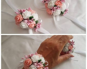 Flower bracelet for the flower girl or bridesmaid, choice of color