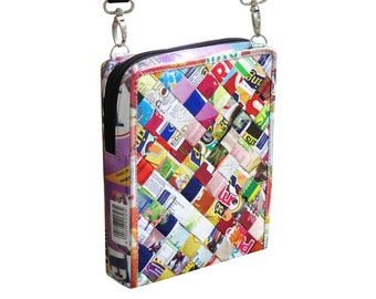 Small zip crossbody bag using candy wrappers, FREE SHIPPING, sustainable gift for women, vegan bag, upcycling by milo, green product
