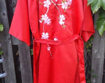 Vintage 1980's Cherry Blossom Floral Embroidered Souvenir  Japanese Robe, Bridesmaid Gift