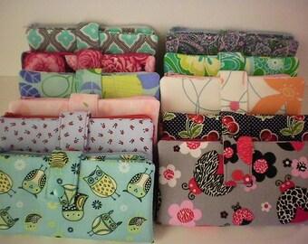 Fabric wallet with zipper compartment, 16 card slots, 2 hidden pockets