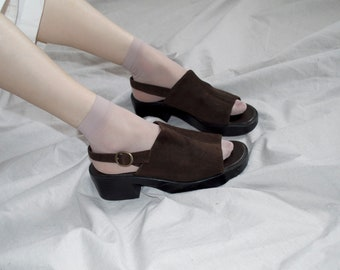 vintage platforms, 90s does the 1970's, chocolate brown suede rubber sole chunky heel slingbacks    sz US 9
