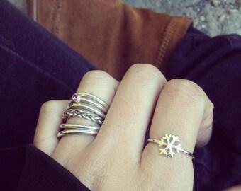 SNOWFLAKE handmade sterling silver ring