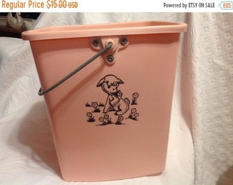 Summer Sale Vintage Pink Diaper Pail With Lid Pink and Black