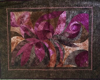 Abstract Floral Curve-pieced Quilt