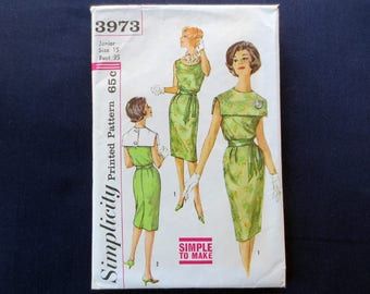 1960s Sheath Dress with Removable Collar Vintage Pattern, Simplicity 3973, Size 15, Bust 35