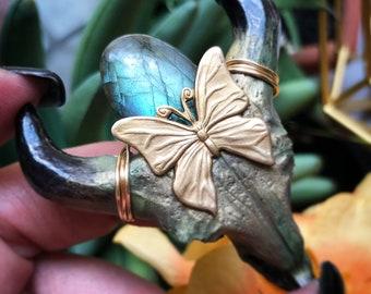 Labradorite Necklace , Butterfly  Necklace,   Longhorn Necklace, longhorn necklace, gemstone necklace, angel aura, crystal amulet,
