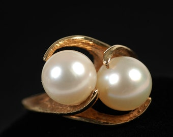Vintage 14k Yellow Gold With Pearls Ring