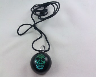 Skull (Image) - Glass Necklace