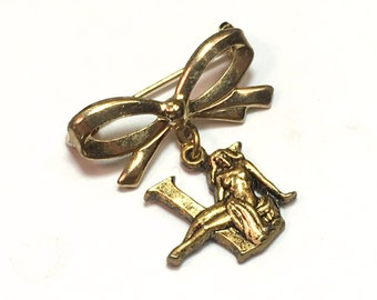 40s Gold Victory Pin WWII