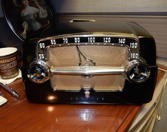 1953 Vintage Crosley Black  Bakelite Dash Board Style Tube Radio Model E-15CE