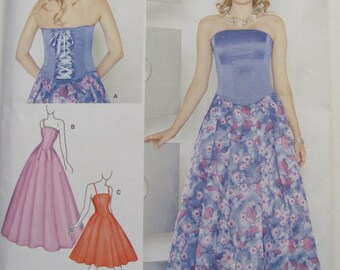 Simplicity 1910  H5 - Misses Special Occasion Dress in 2 Lengths - Sizes 6 to 14 - Euro 32 to 40