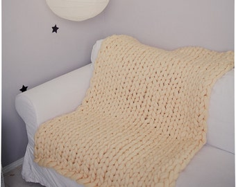 Chunky Hand Knit Blanket Mother's Day Gift Bulky Throw Home Decor Gift for Her Anniversary Gift Merino Wool Throw Hand Knit Blanket Gift
