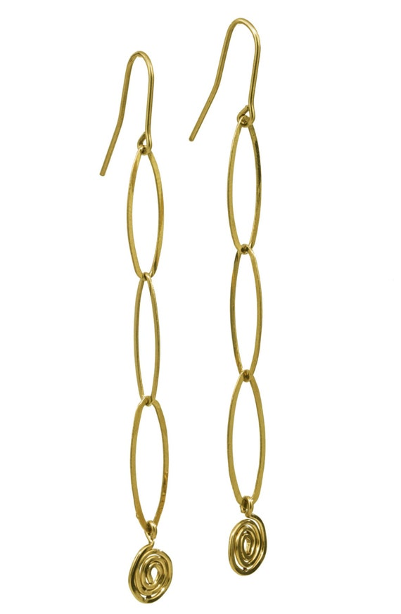 il lightweight thin listing long gold earring