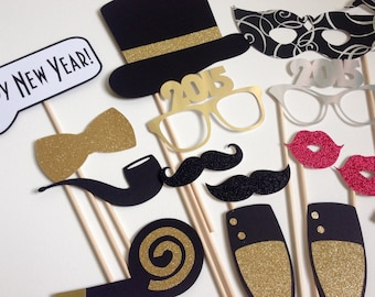 2018 NOW AVAILABLE New Years Photo Booth Props . New Years Eve . Glitter . Metallic . Silver . Gold . Set of 18