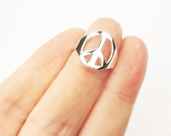 Peace Ring in Sterling Silver, Light Weight thin Peace symbol Ring, Peace Jewelry, Hippy Boho, Hipster, Fun Fashion Ring,