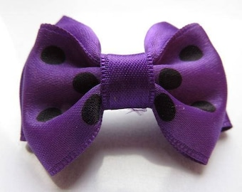 Barrette plastic 4 cm with bowtie print and purple satin fabric purple with polka dots