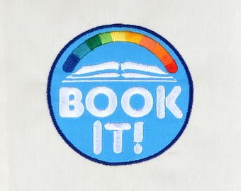Book It! appliqué 4x4 machine embroidery design