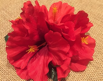 Red hibiscus hair clip