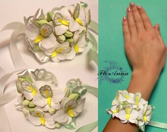 orchid bracelet, flower bracelet, wedding stuff, bride bracelet, orchid corsage, bridesmaids bracelet, gift for her, flowers corsage, white