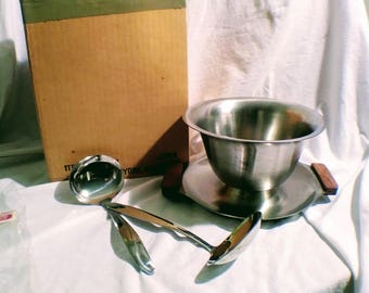 3-Pc Vintage Gravy/Sauce Bowl