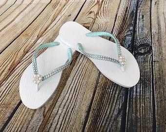e64d41028e28 Bride Flip Flop. Wedding Flip Flops. Wedding Flip Flops. Beach Flip Flops.