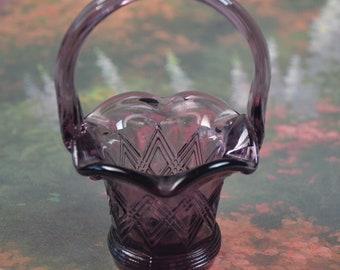 "eb3156 Unmarked FENTON Purple Amethyst Glass Basket Miniature 4.25"" Tall"