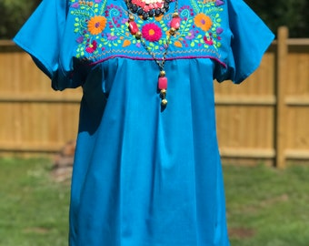 Mexican blouse/mexican top/classic Mexican huipil/boho tunic/south american huipil/vintage mex tunic/fab208nyc/embroidered top/mexican top
