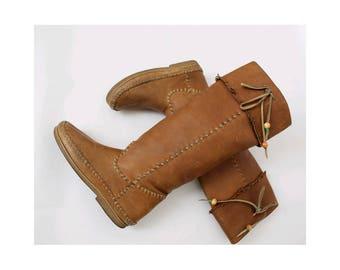 Vintage native Boots / vintage tan leather boots