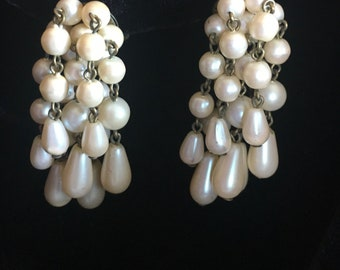 vintage 2 in long Austria EARRINGS Dangle  CREAMY PEARLS clip-ons
