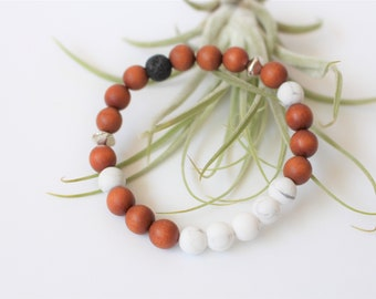 Sandalwood & White Howlite Essential Oil Diffuser Bracelet / Aromatherapy Bracelet / Oil Diffuser / Essential Oil Jewelry / Lava Jewelry