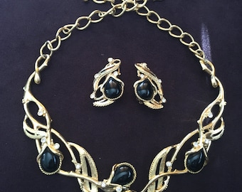 Vintage Jose Maria Barrera for Avon Granada Black, Clear and Gold Necklace and Earring Set 0880