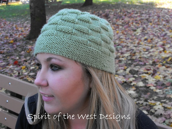 Picnic Lunch Cloche Knit Hat Pattern Toque Teen Buttoned Beanie