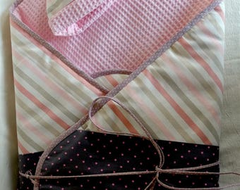 """Sweet """"little wrap"""" Bunting and hat newborn"""