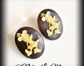 Ivory and Black Minnie Mouse Cameo Stud Earring Set