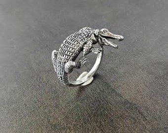 Crocodile ring - Sterling silver - Free shipping