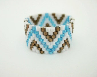 Peyote Ring / Zig-Zag Ring / Beaded Ring in Blue, Brown and White  / Delica Ring / Seed Bead Ring /  Size 7 Ring / Peyote Band / Beadwork
